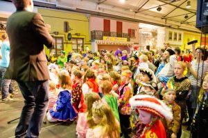 kindersitzung-karneval-koeln-2015-29