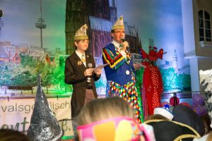 kindersitzung-karneval-koeln-2015-54