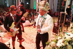maedchensitzung-2015-karneval-koeln-flora-10