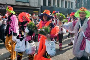 rosenmontagszug-rosenmontag-2015-karneval-koeln-11