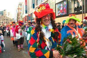rosenmontagszug-rosenmontag-2015-karneval-koeln-16