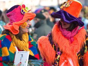 rosenmontagszug-rosenmontag-2015-karneval-koeln-48
