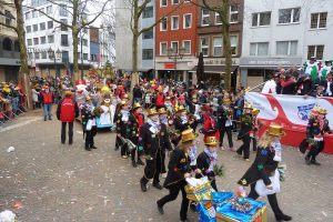 al-karnevalssonntag-koeln-2016---15