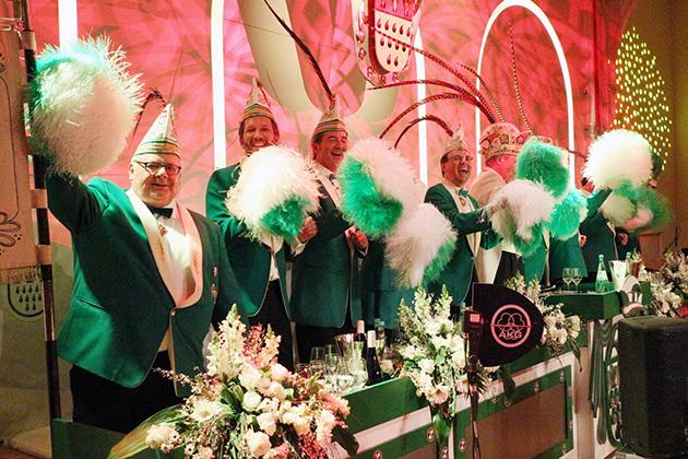19-maedchensitzungen-karneval-koeln-lindenthal