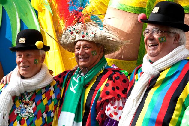 17-rosenmontagszug-karneval-koeln-lindenthal-cologne
