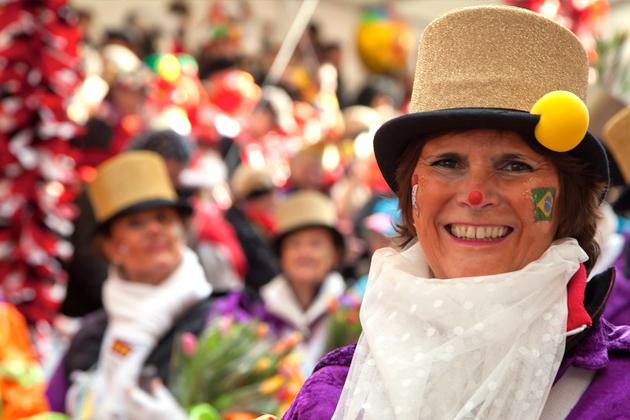 21-rosenmontagszug-karneval-koeln-lindenthal-cologne